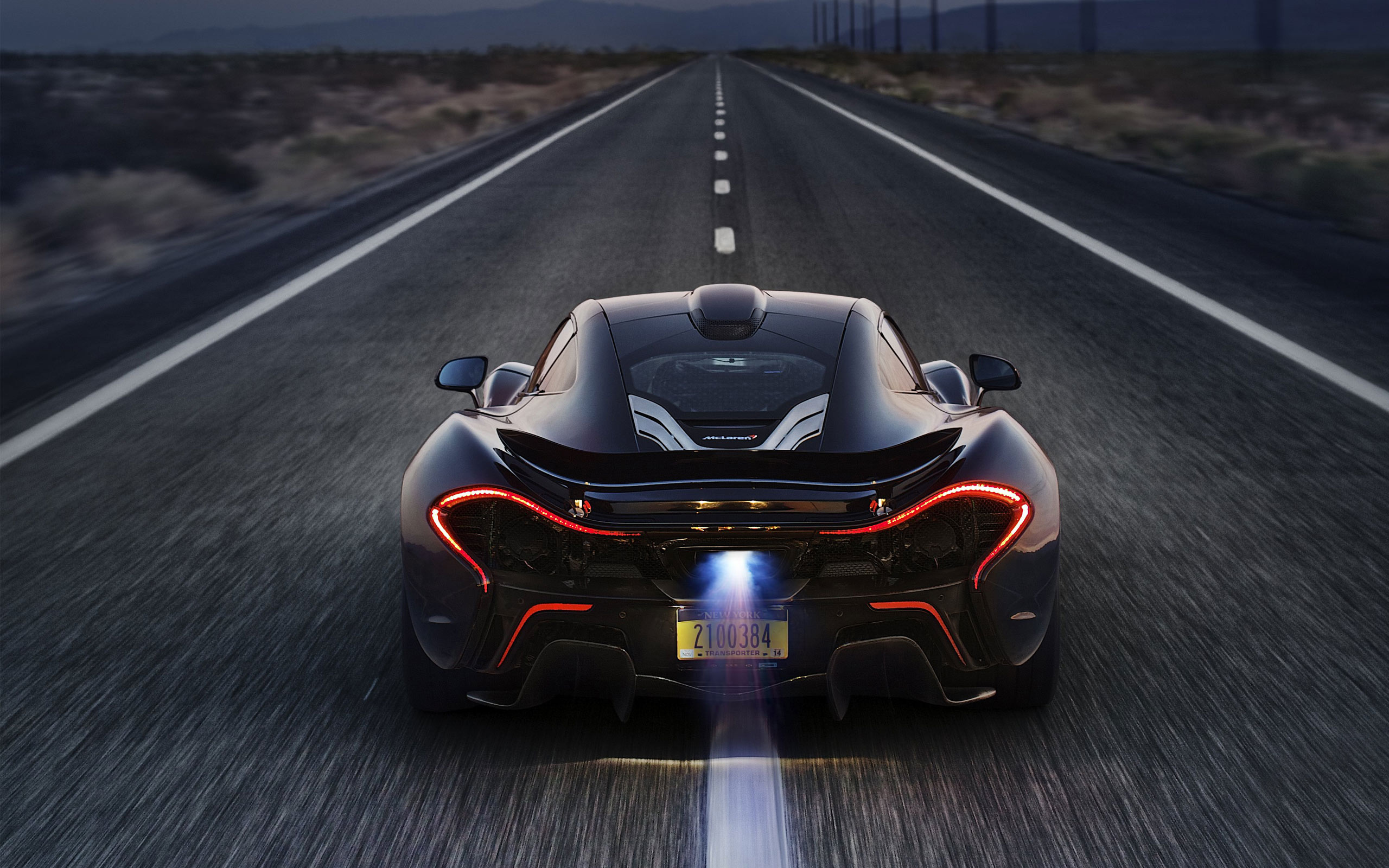McLaren P1 Supercar – Formula 1 bred hybrid beauty and the beast from UK