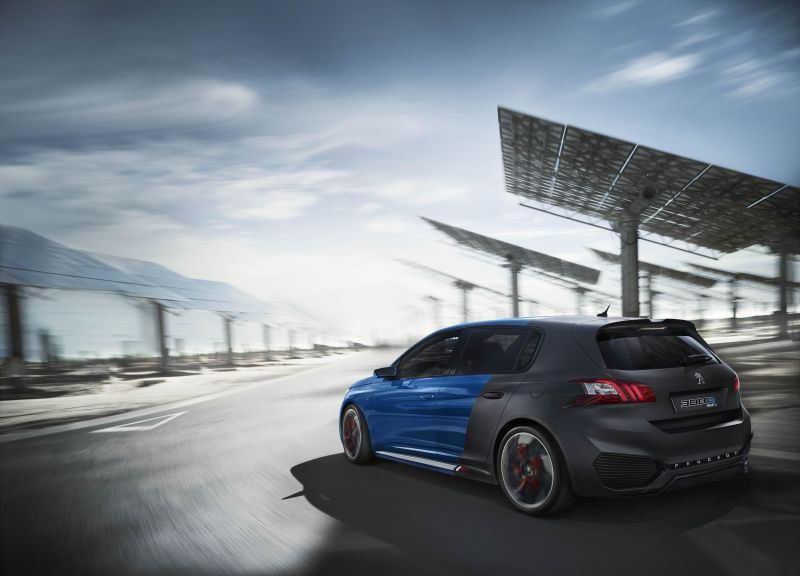 This is what we call hybrid – Peugeot 308 R Hybrid with 500bhp under your feet!