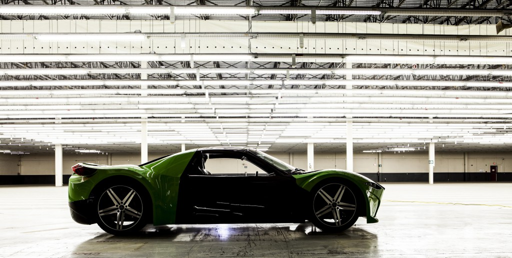 You can invest in The Tomahawk – superb Canadian Electric Green Supercar!