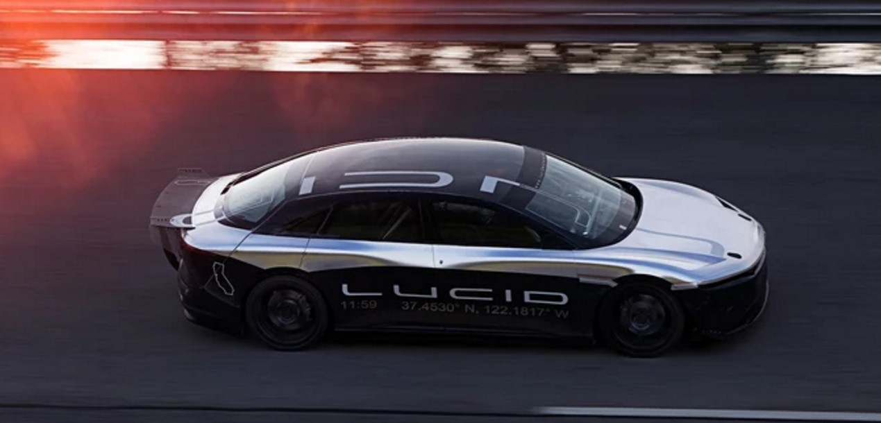 Autobahns beware – Lucid Air hit 217 mph on test track.