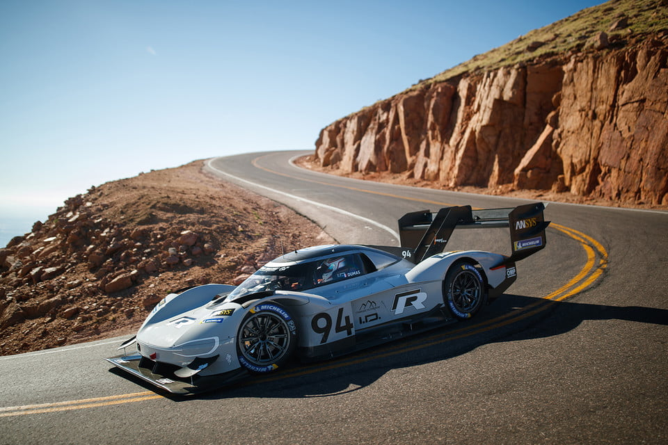 Another record broken by EV - The Fastest run on Pikes Peak