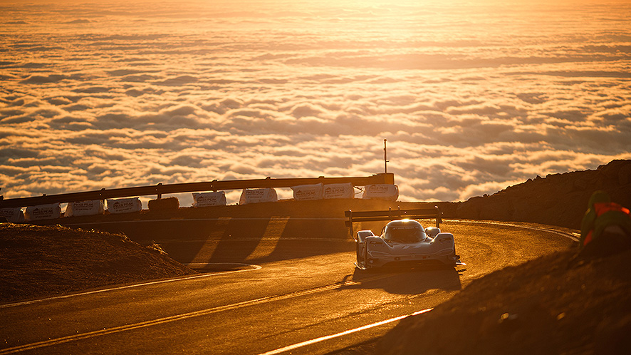Another record broken by EV – The Fastest run on Pikes Peak Hill Climb was just made by VW electric race car I.D. R